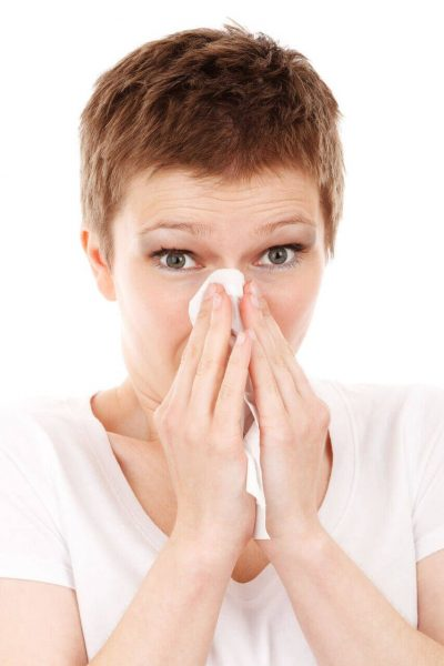 woman with cold - allergy